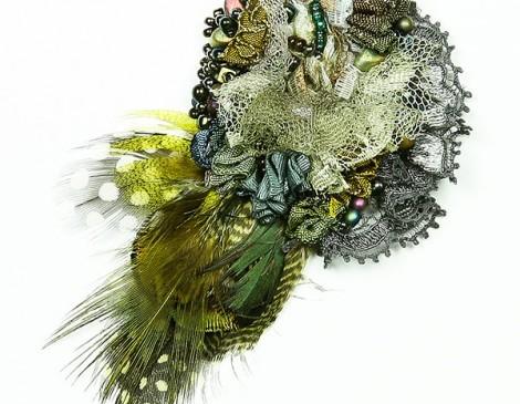 broche vert anthracite